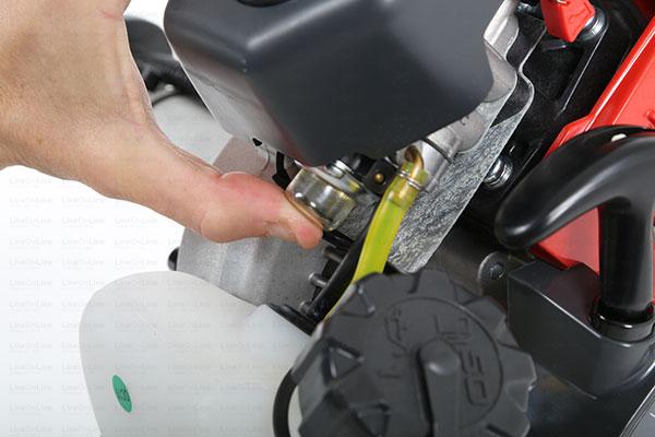 Decespugliatore Kawasaki TJ 27 E pompetta primer