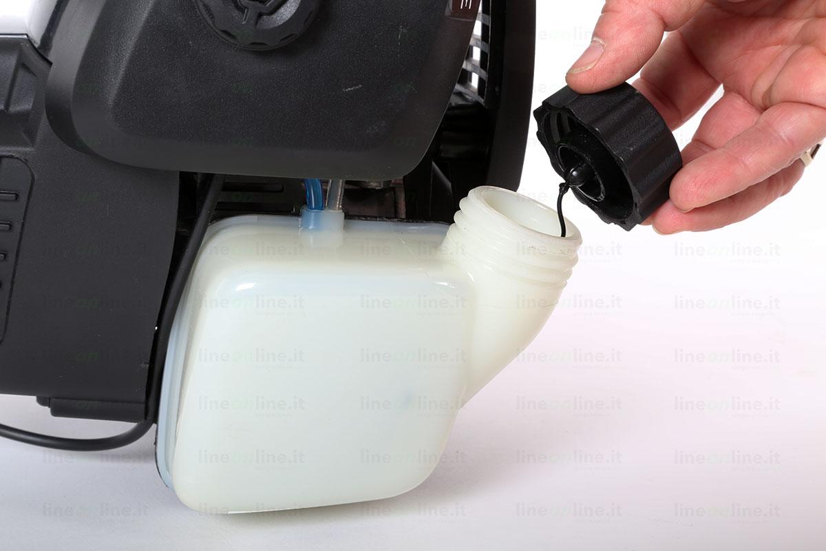 Decespugliatore Mcculloch B428PS serbatoio benzina