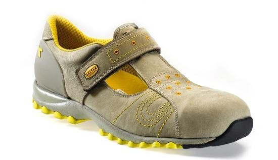 Guida all acquisto delle scarpe antinfortunistiche Diadora Utility a985328bd9e