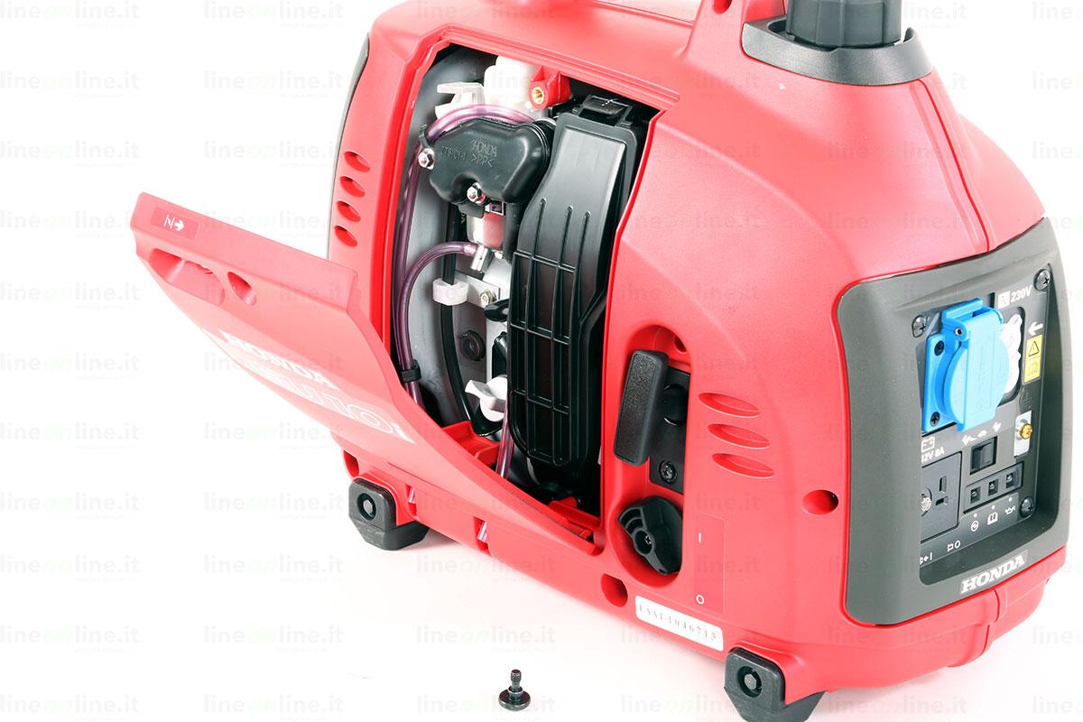 Generatore corrente Honda EU10i sportello motore