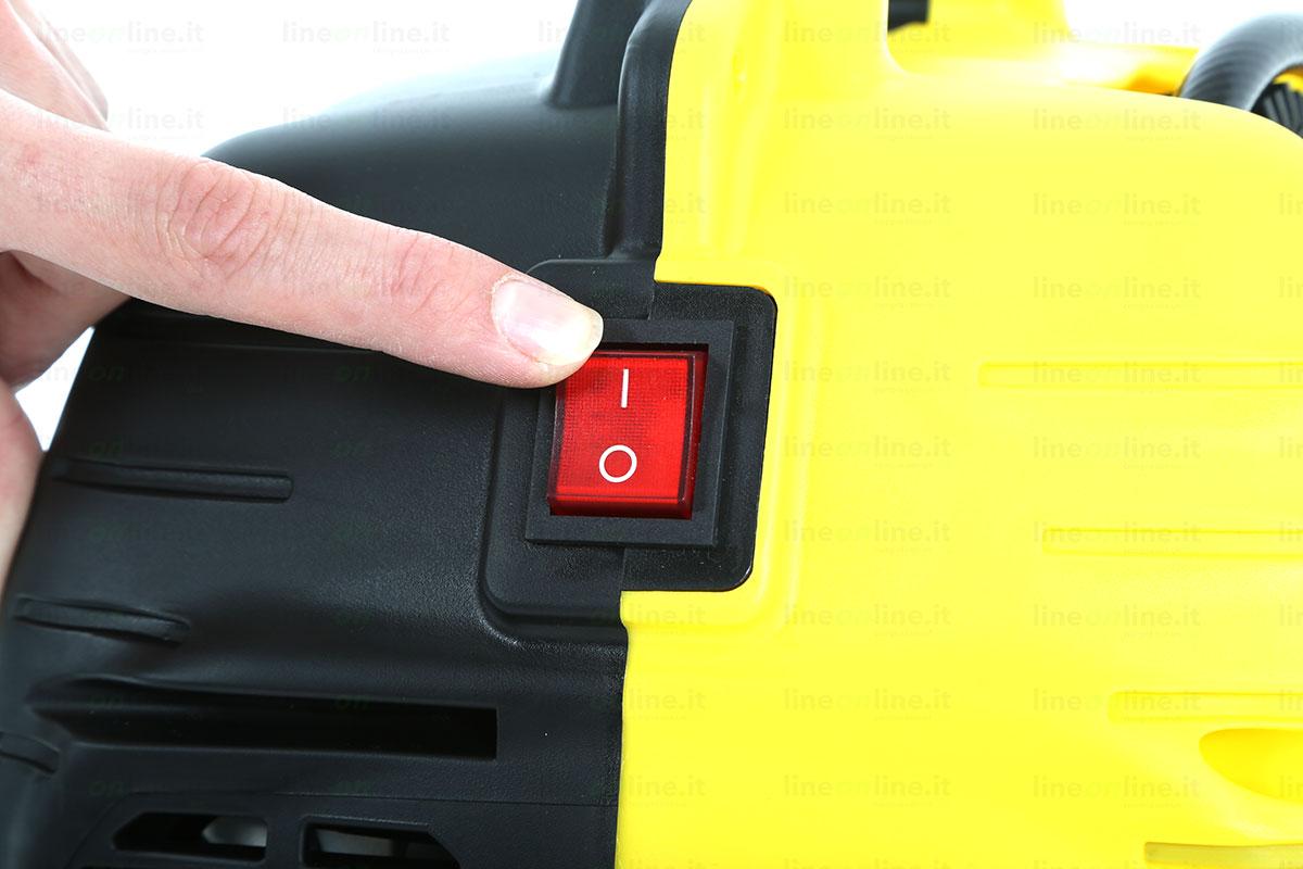 Compressore portatile Stanley AIR KIT tasto accensione