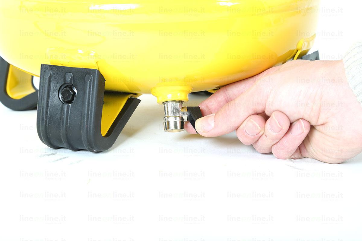 Compressore aria Stanley D200/10/24/V valvola spurgo