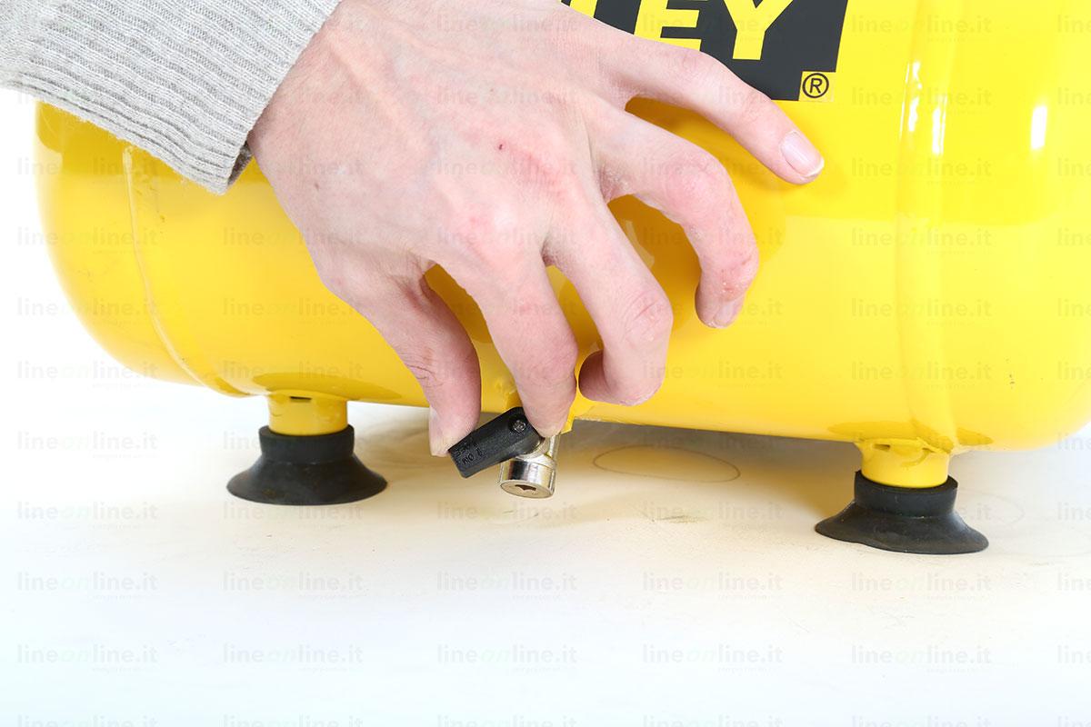 Compressore portatile Stanley DN 200/8/6 valvola spurgo