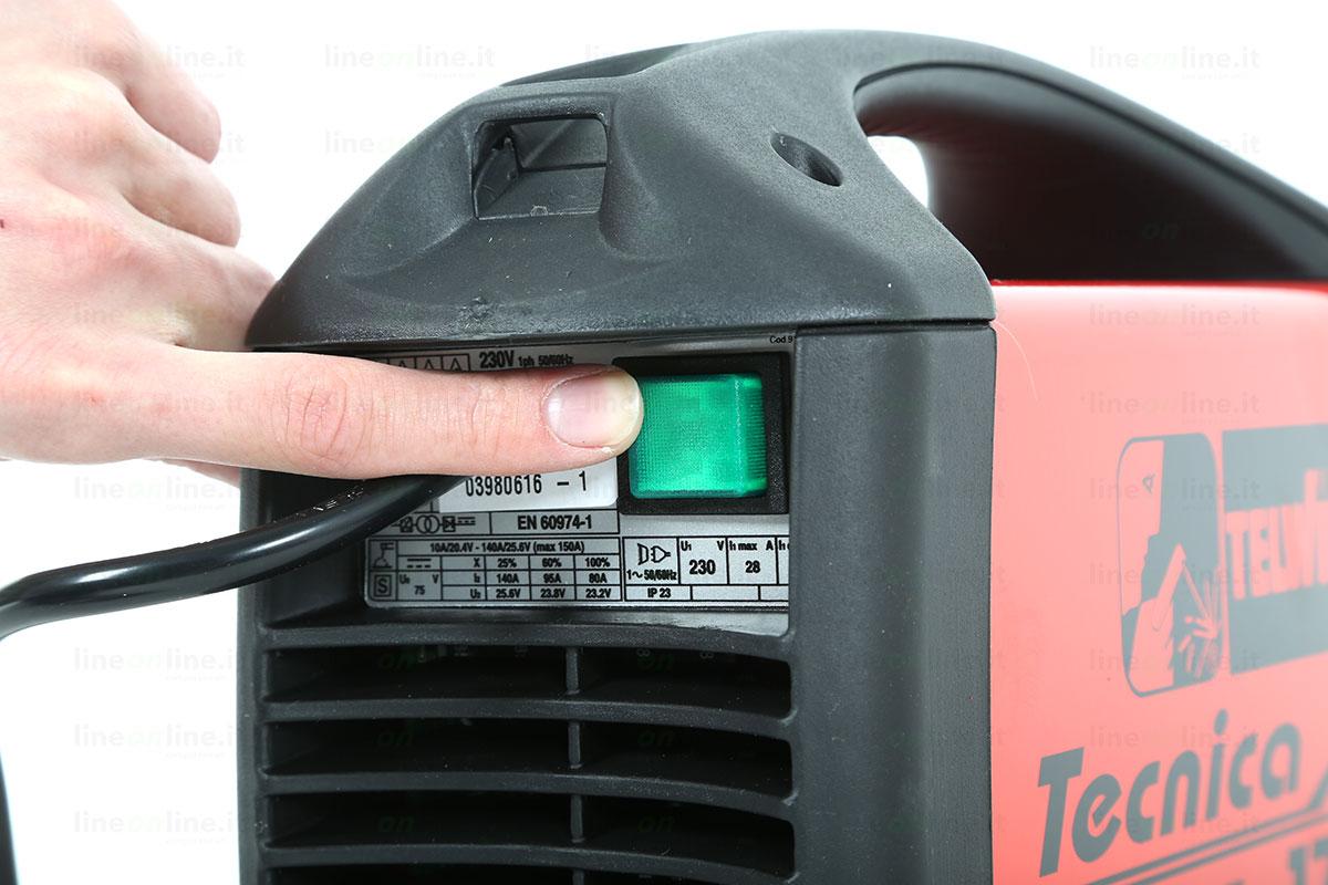 Saldatrice inverter TELWIN TECNICA 171/S tasto accensione